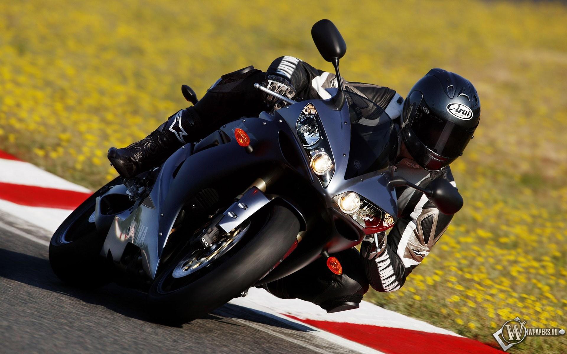 Мотоцикл на ралли 1920x1200