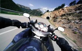 Обои Вид из мотоцикла: , Yamaha