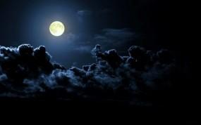 Обои Хозяйка-луна: Облака, Ночь, Луна, Природа