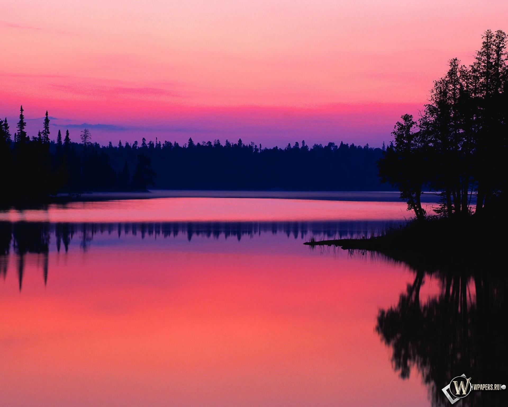 Обои Красный закат, Красный закат над таёжной рекой.