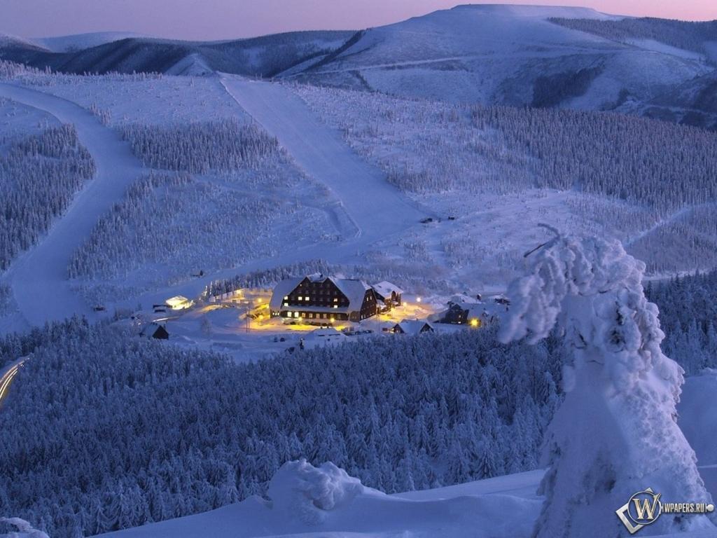 Зимний отель 1024x768