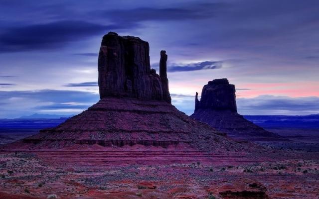 Скалы в пустыне