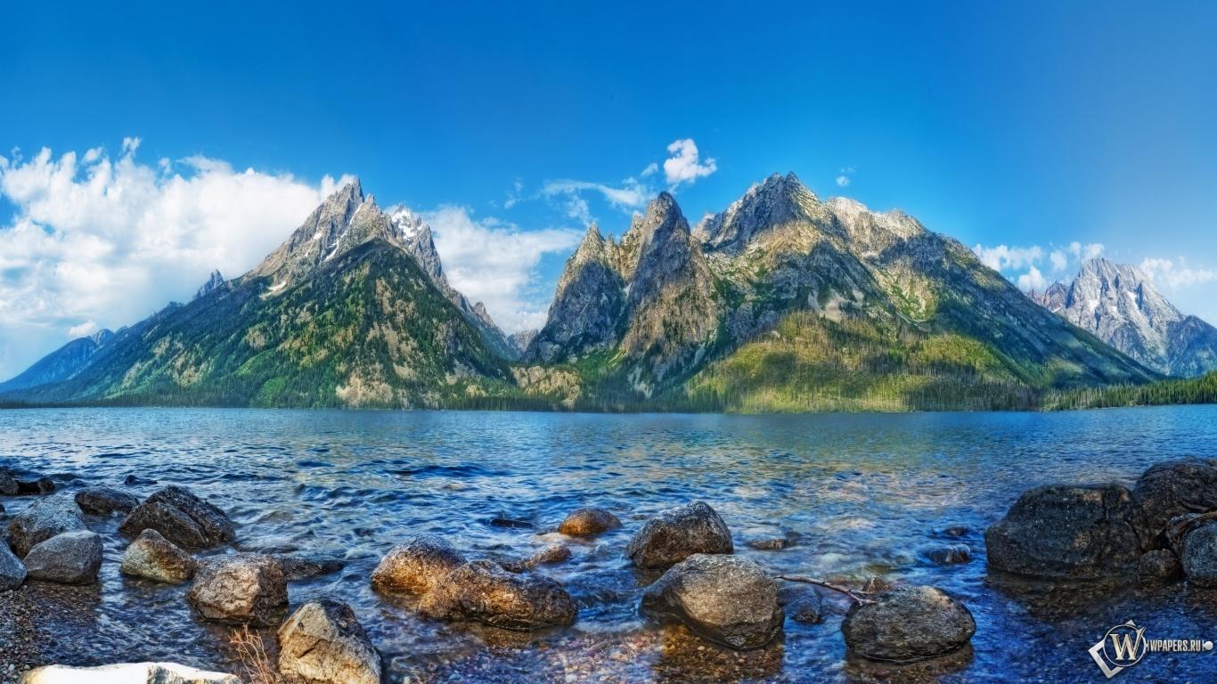 Обои красивый пейзаж облака горы
