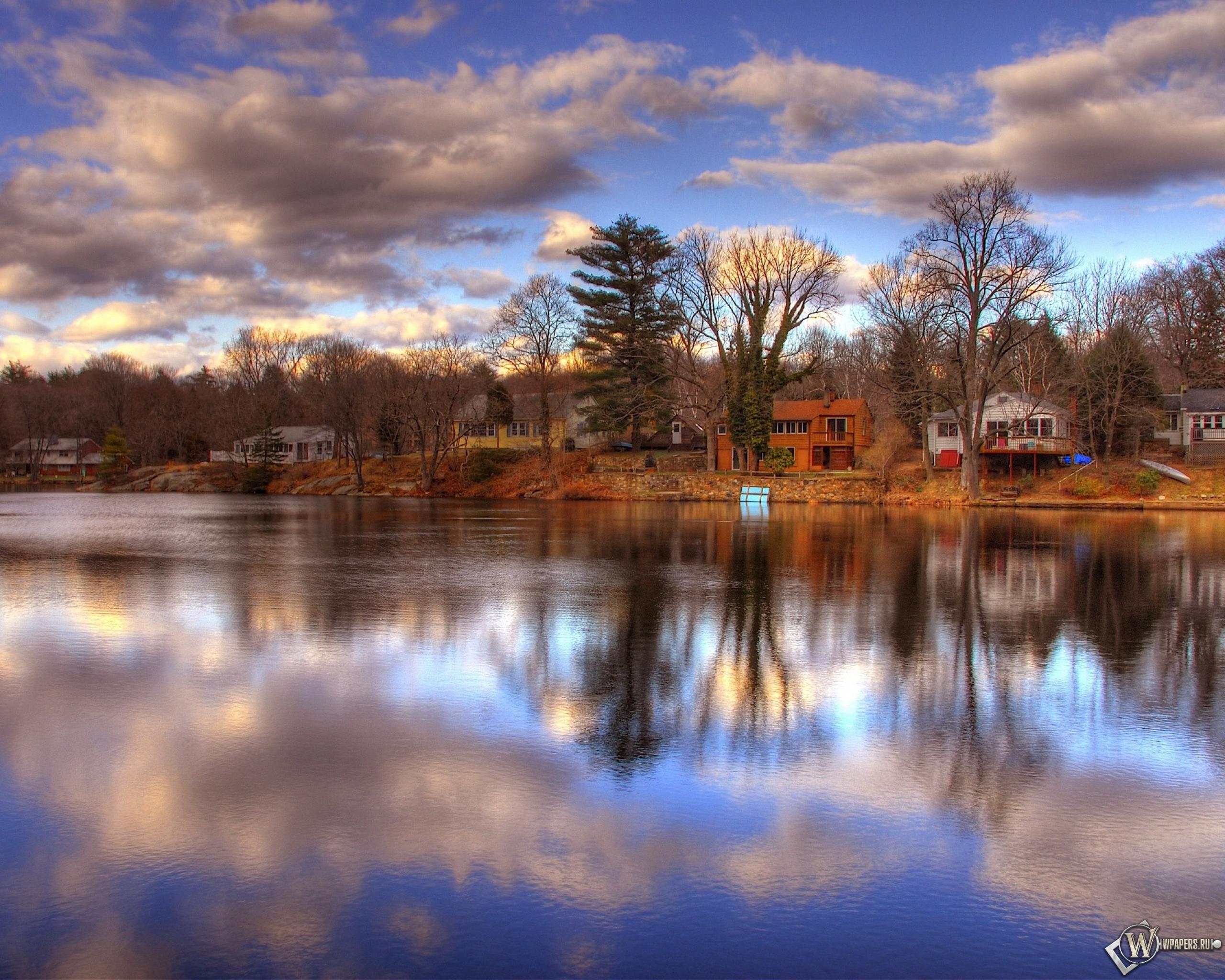 природа деревья небо река дома  № 571551  скачать