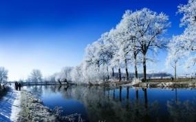 Обои People of the River: Река, Вода, Небо, Люди, Прочие пейзажи