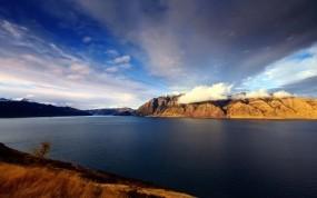 Обои Вулкан в новой зеландии: Остров, Новая Зеландия, Вулкан, Прочие пейзажи