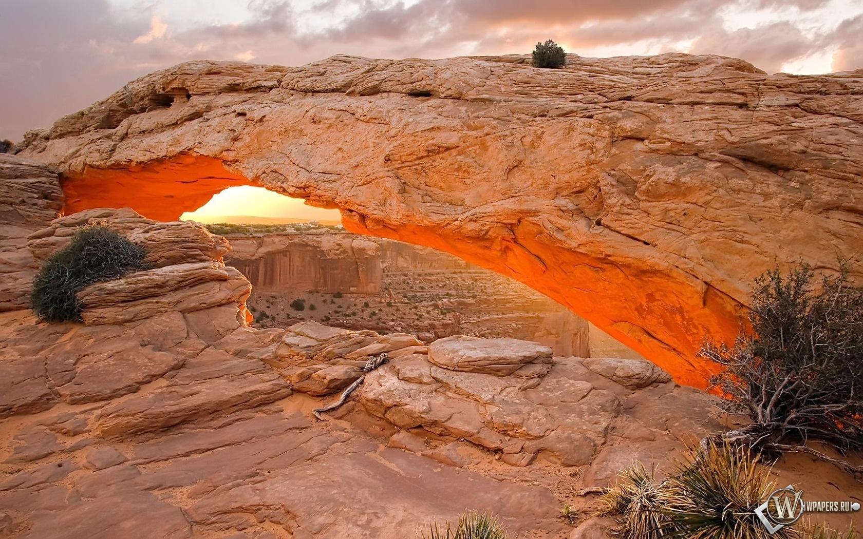 Mesa Arch – Canyonlands National Park 1680x1050