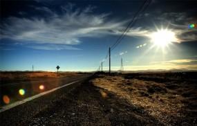 Обои Дорога в никуда: Дорога, Солнце, Столбы, прерия, Прочие пейзажи