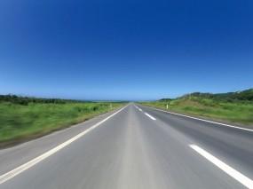 Обои Бескрайняя дорога: Скорость, Дорога, Небо, Природа