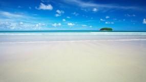 Обои Голубое небо: Пляж, Остров, Небо, Прочие пейзажи