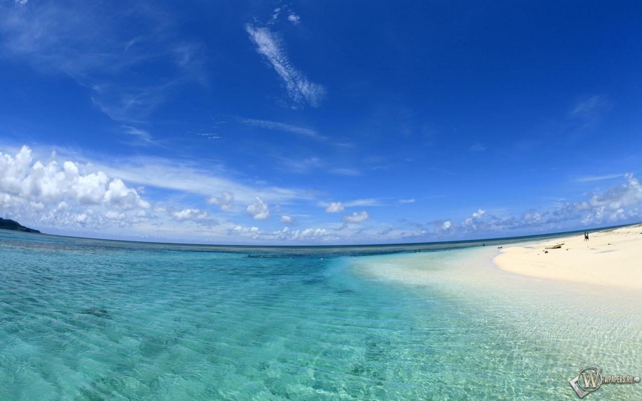 Обои пляж облака пляж вода песок
