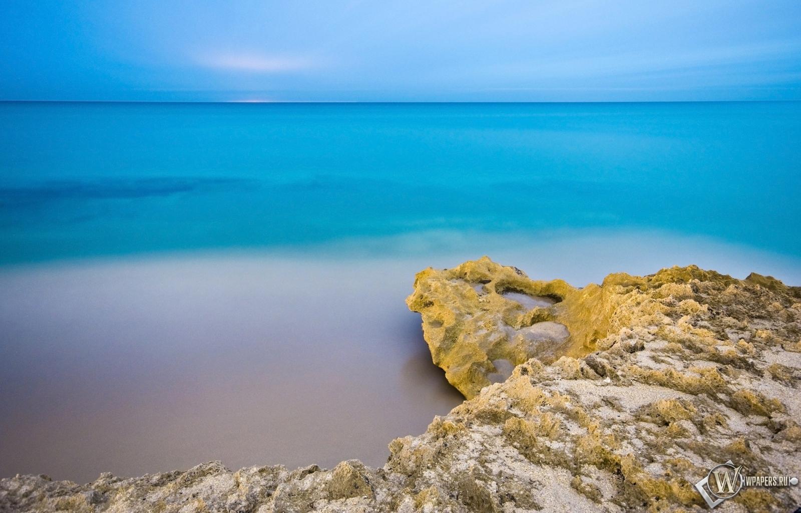 Обои море пляж море небо утро 1600x1024