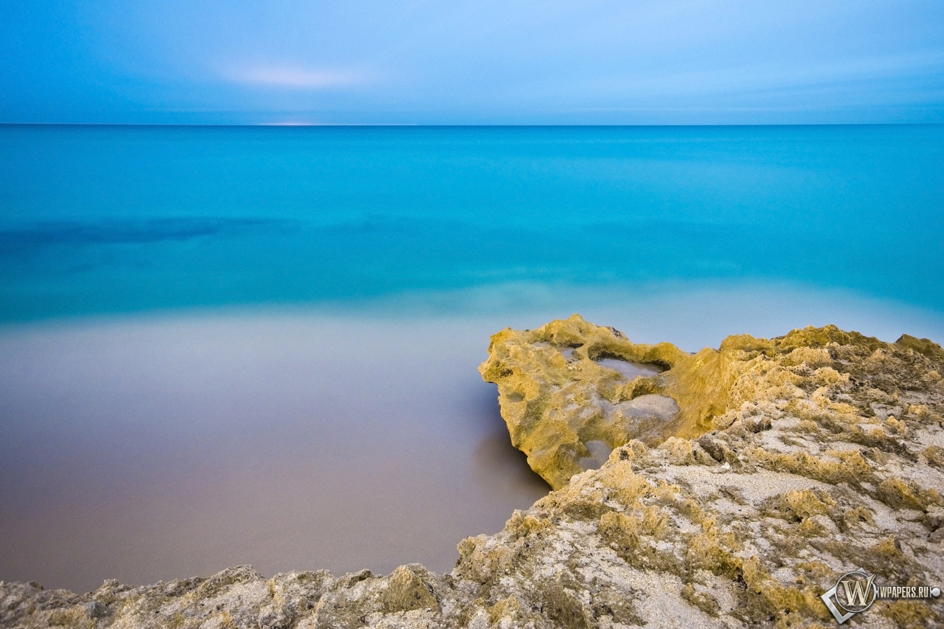 Обои море пляж море небо утро 1920x1280