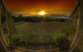 Обои Панорама заката: Облака, Закат, Отдых, Веранда, Природа