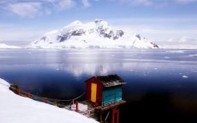 Обои Домик на севере: Горы, Снег, Домик, Прочие пейзажи