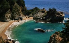 Обои McWay Cove and falls: Пляж, Океан, Водопад, Бухта, Прочие пейзажи