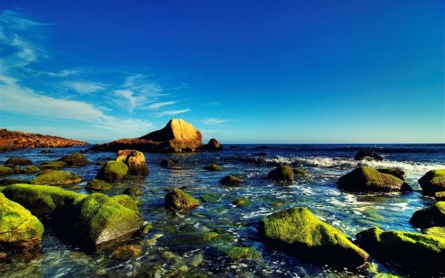 Камни и небо