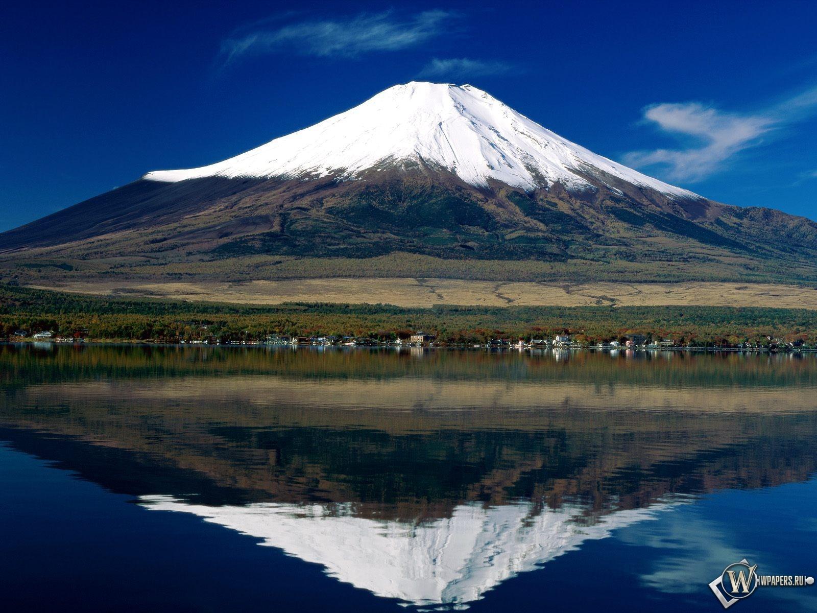 Гора Фудзи 1600x1200