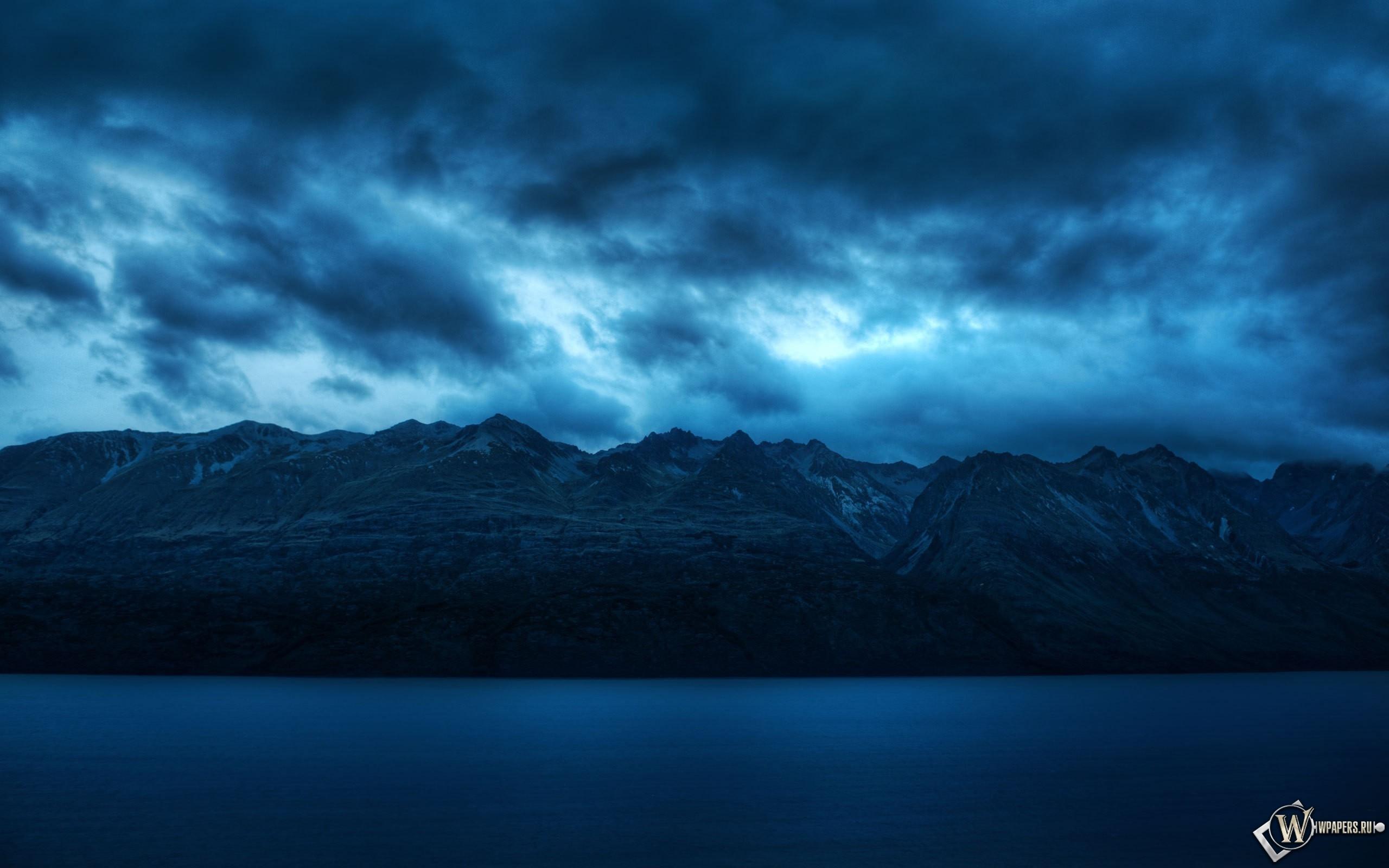 Облака над горами 2560x1600