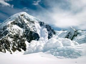 Обои Снежная лавина: Горы, Снег, Лавина, Горы