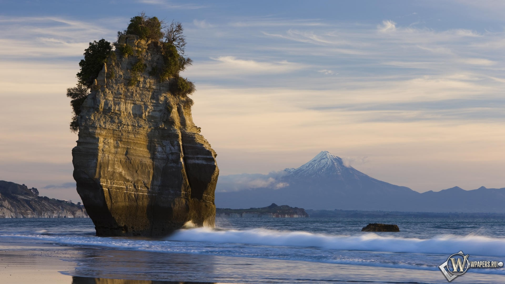 скала и гора таранаки в новой зеландии 1920x1080
