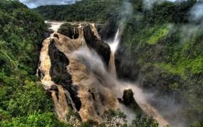 Обои Грязный водопад: Горы, Водопад, Растения, Водопады