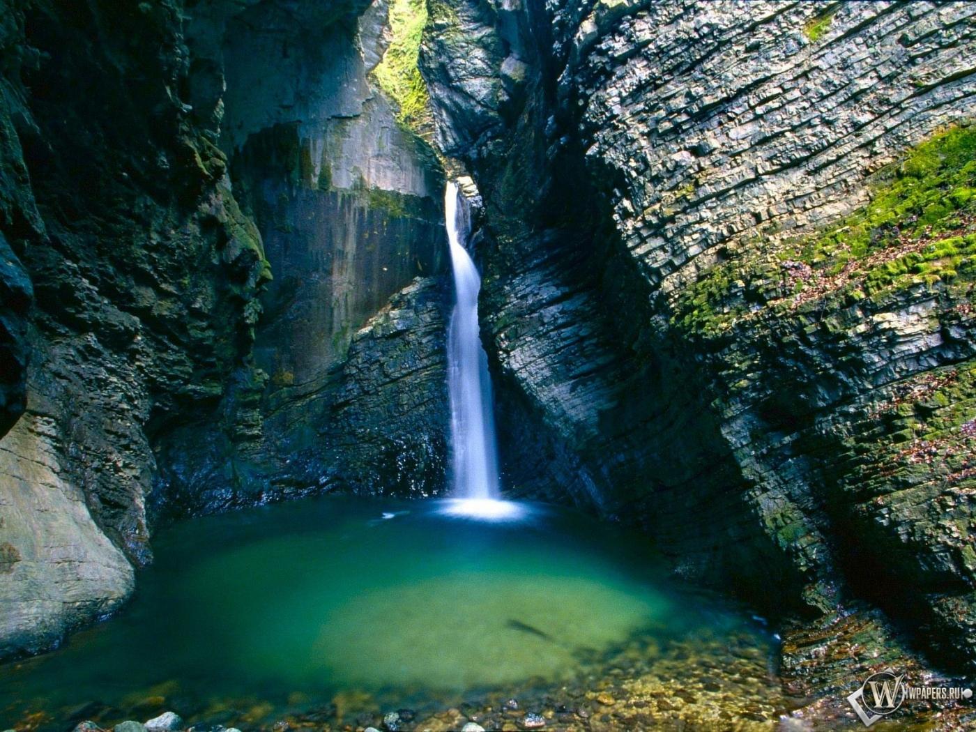 водопад обои: