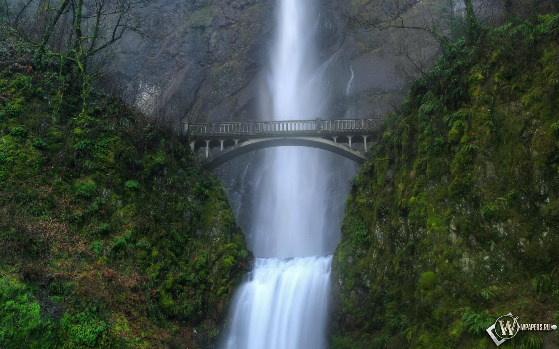 Водопад у моста 1920x1200