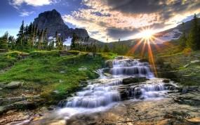 Обои Маленький водопад: Вода, Солнце, Водопад, Небо, Красиво, Водопады