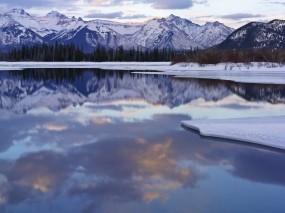 Обои Живописное зимнее озеро: Зима, Горы, Снег, Озеро, Зима