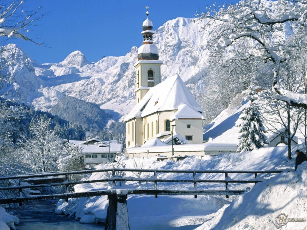 Горы снег часовня 1280x960 картинки