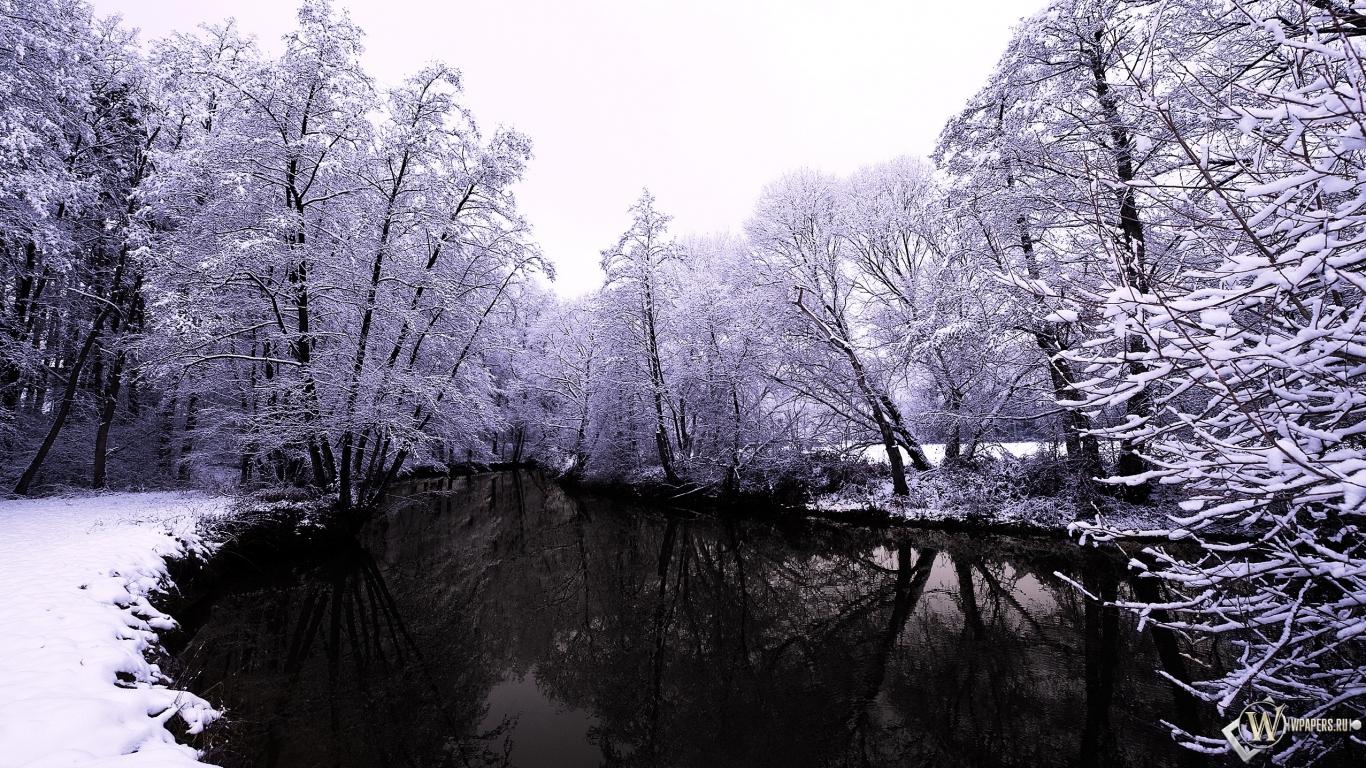 Обои тёмное озеро зимой зима снег