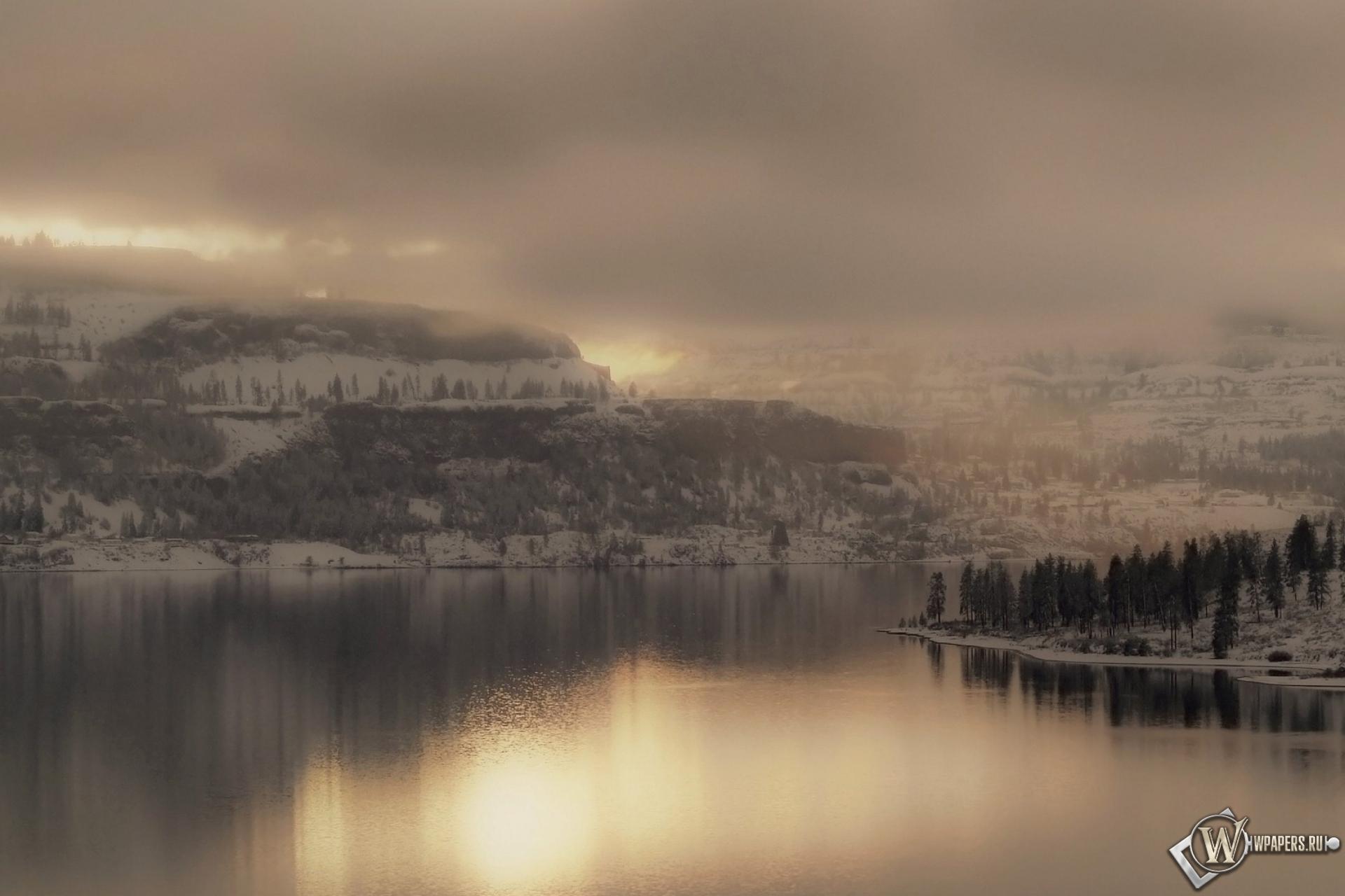 Обои зимний пейзаж река горы