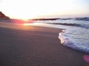 Обои Морская пена: Пляж, Свет, Песок, Природа, Море, Солнце, Берег, Волна, Лето, Вода и небо