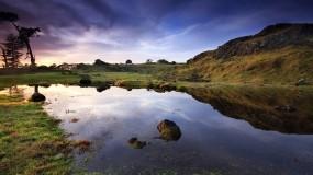 Обои Небо в озере: Природа, Камни, Озеро, Небо, Вода и небо