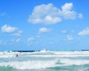 Обои Голубое небо: Облака, Волны, Море, Вода и небо