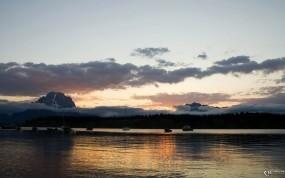 Обои Рыбалка: Лодки, Рыбаки, Вода и небо