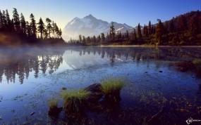 Обои Болотистая местность: , Вода и небо