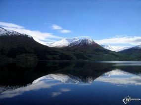Обои Горное озеро: Отражение, Кристально чистая вода, Зеркальная вода, Озеро, Вода и небо
