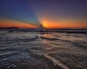 Обои волны на закате: Волны, Вода, Закат, Небо, Вода и небо