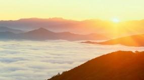 Обои Солнце над облаками: Облака, Солнце, Небо, Прочие пейзажи