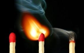 Обои Горящая спичка: Огонь, Дым, Спички, 3D Графика