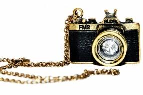Обои фотокамера: Фото, Фотоаппарат, Кулон, Фотокамера, Разное
