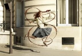 Обои Coca-Cola работа Романа Лоурента: Девушка, Улица, Coca-Cola, Разное