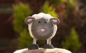 Игрушечная овечка