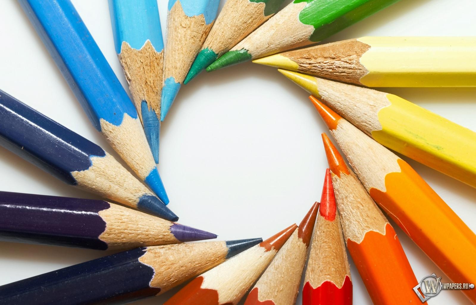 Цветные карандаши 1600x1024