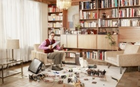Обои Креативное фото Gregor Collienne: Комната, Кот, Телевизор, Разное