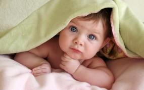 Обои Ребёнок под одеялом: Взгляд, Ребёнок, Малыш, Разное
