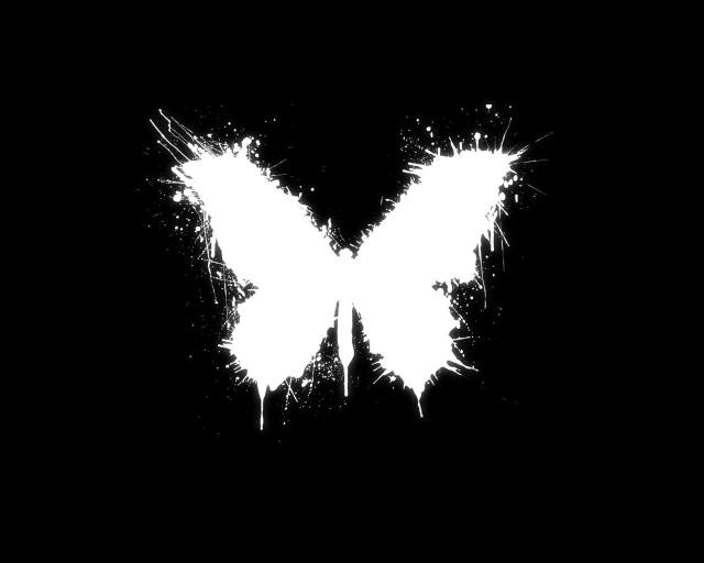 Рисованная бабочка