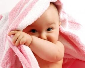 Обои Ребёнок спрятался: Полотенце, Ребёнок, Дети, Разное